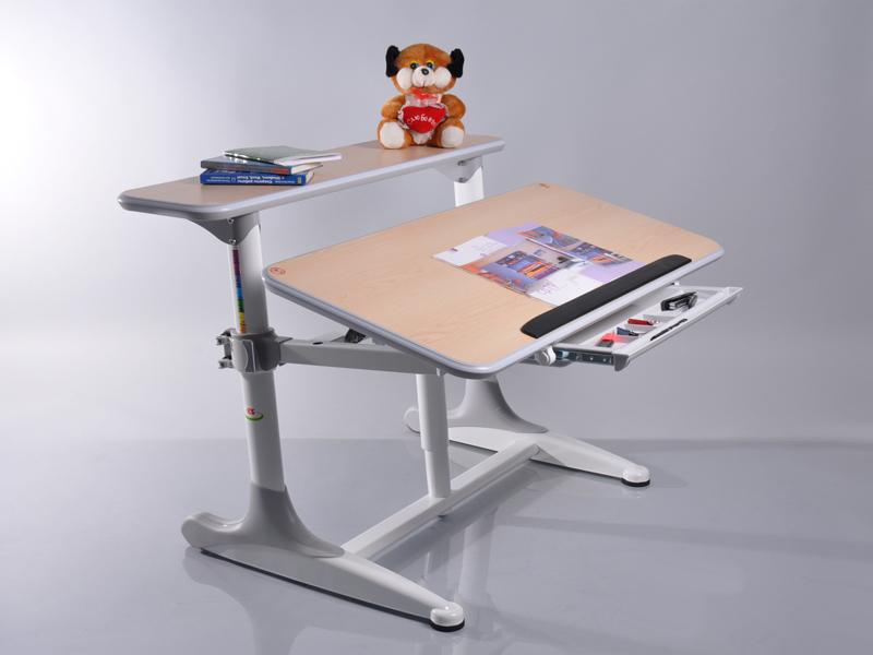 Стол письменный для ребенка