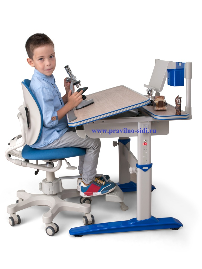 Little desk+duorest blue.jpg